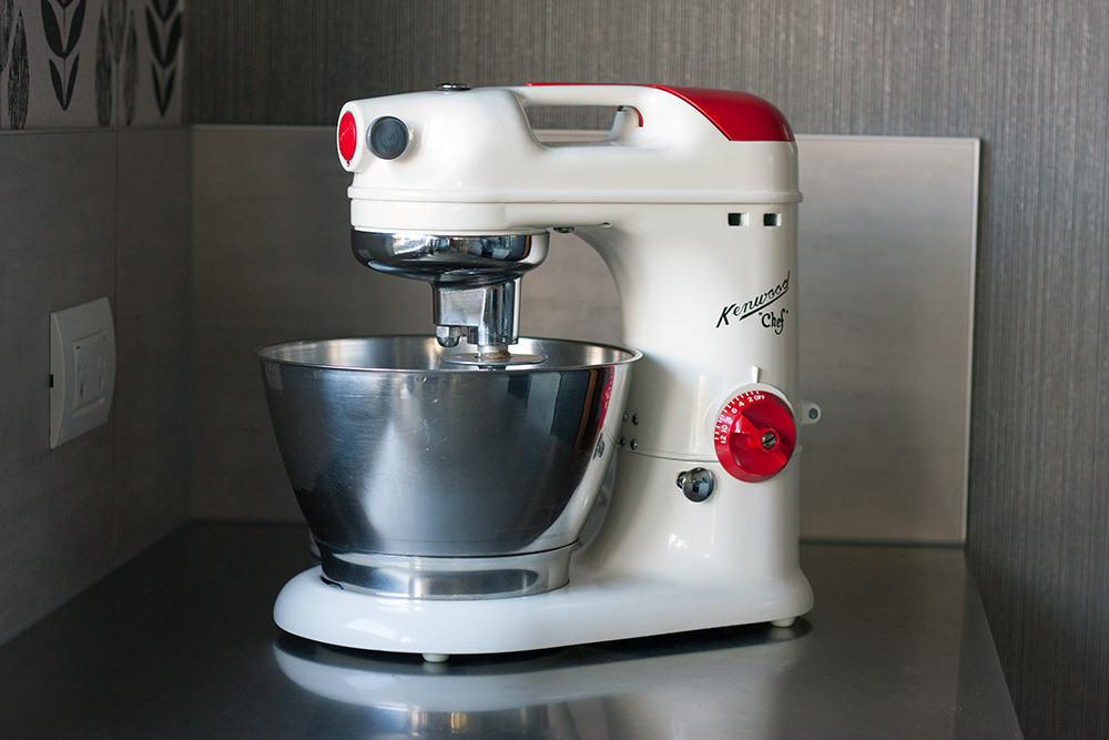 Kenwood A700 Chef in red